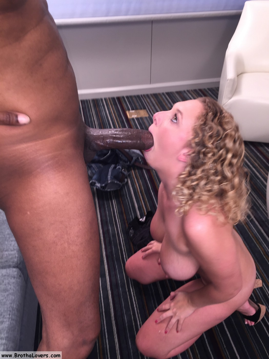 4k tiny pressley takes this massive african cock 5