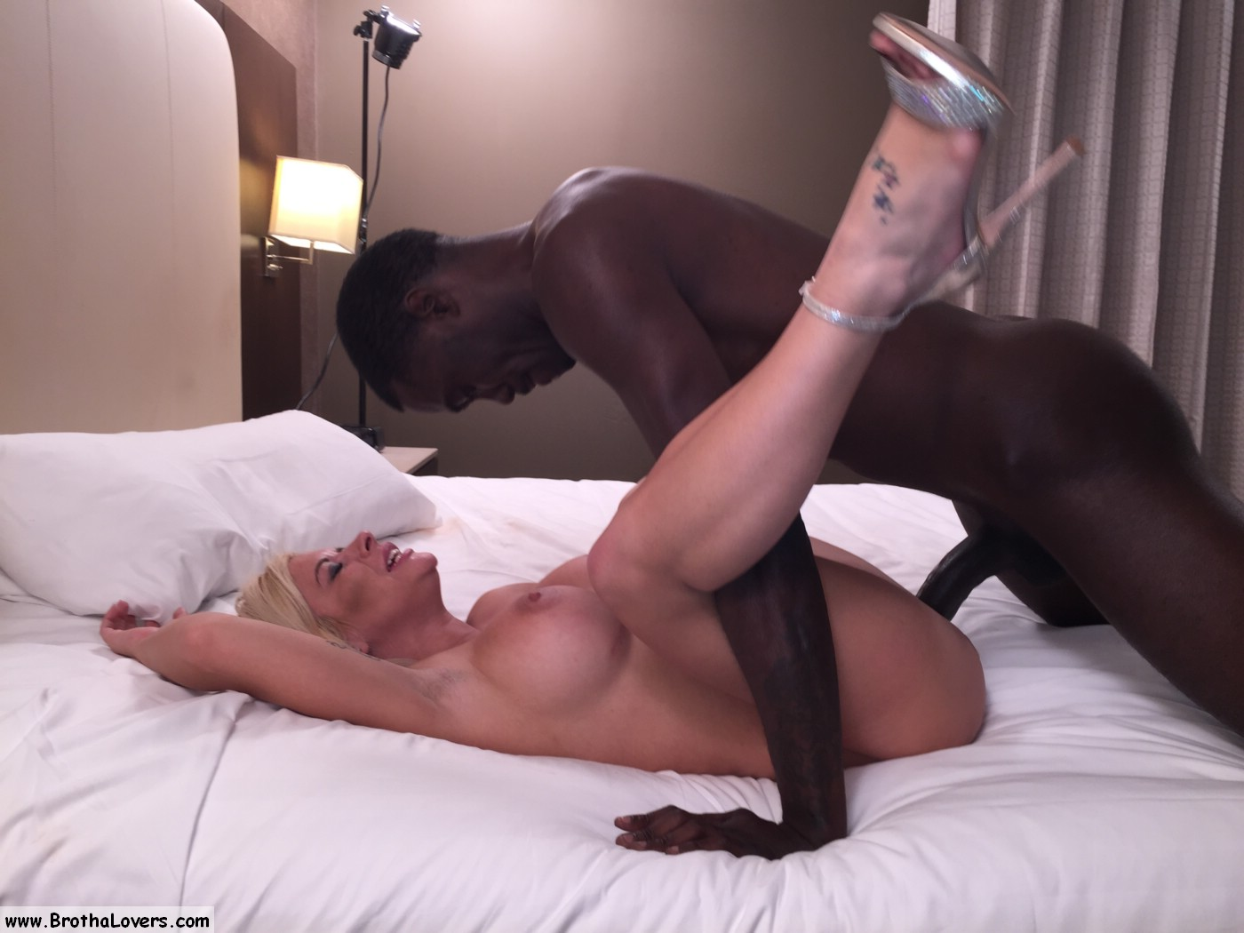 2 men fucked my wife and creampied her - 3 3