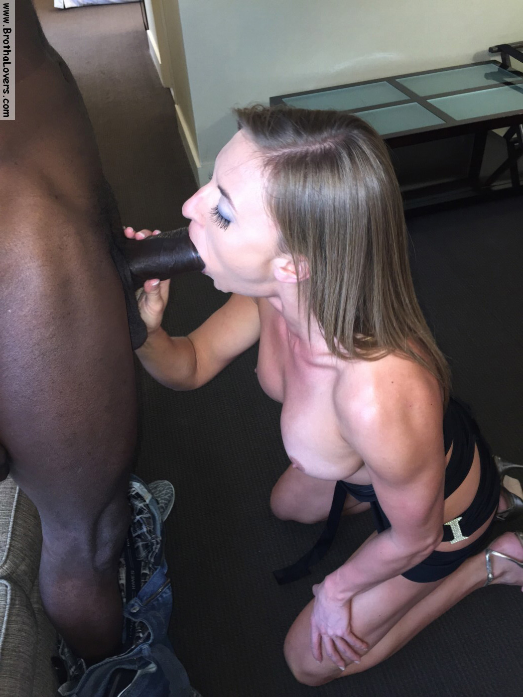 Claudia marie gets her fake tits put back in - 5 4