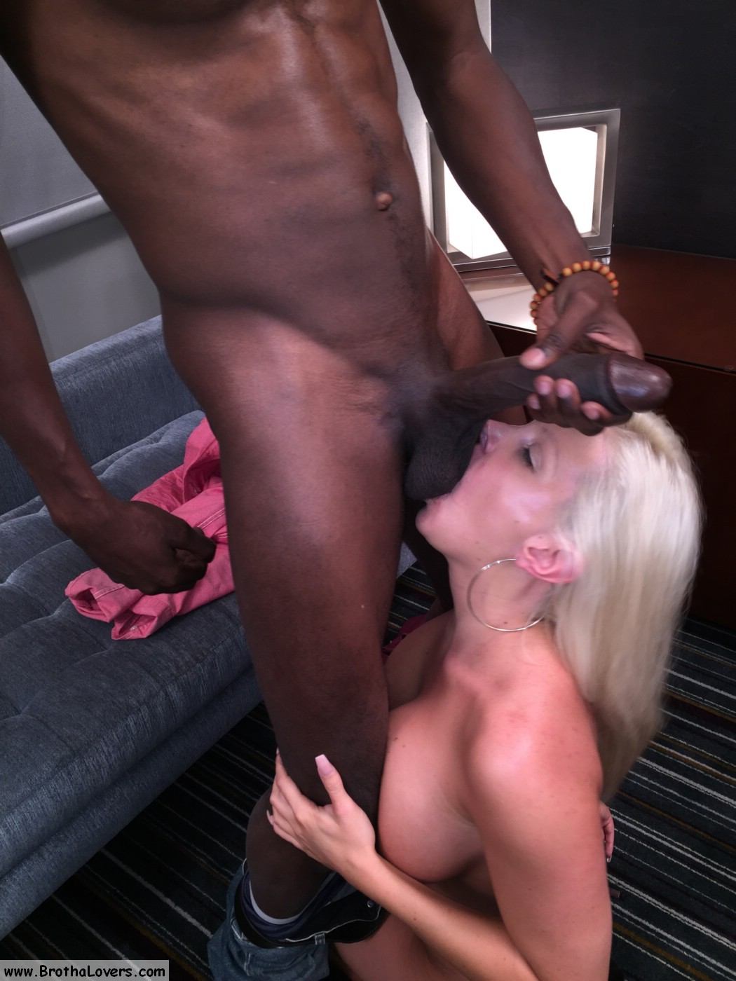 Cheating wife meets black lover in hotels - 1 part 7