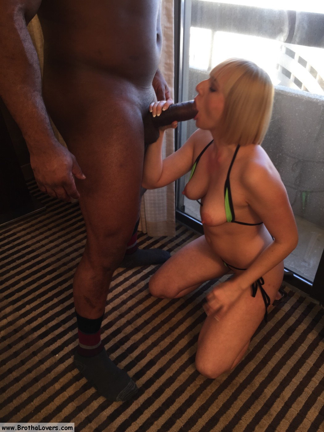 Kate England Gets A BBC For Christmas | Interracial Candy