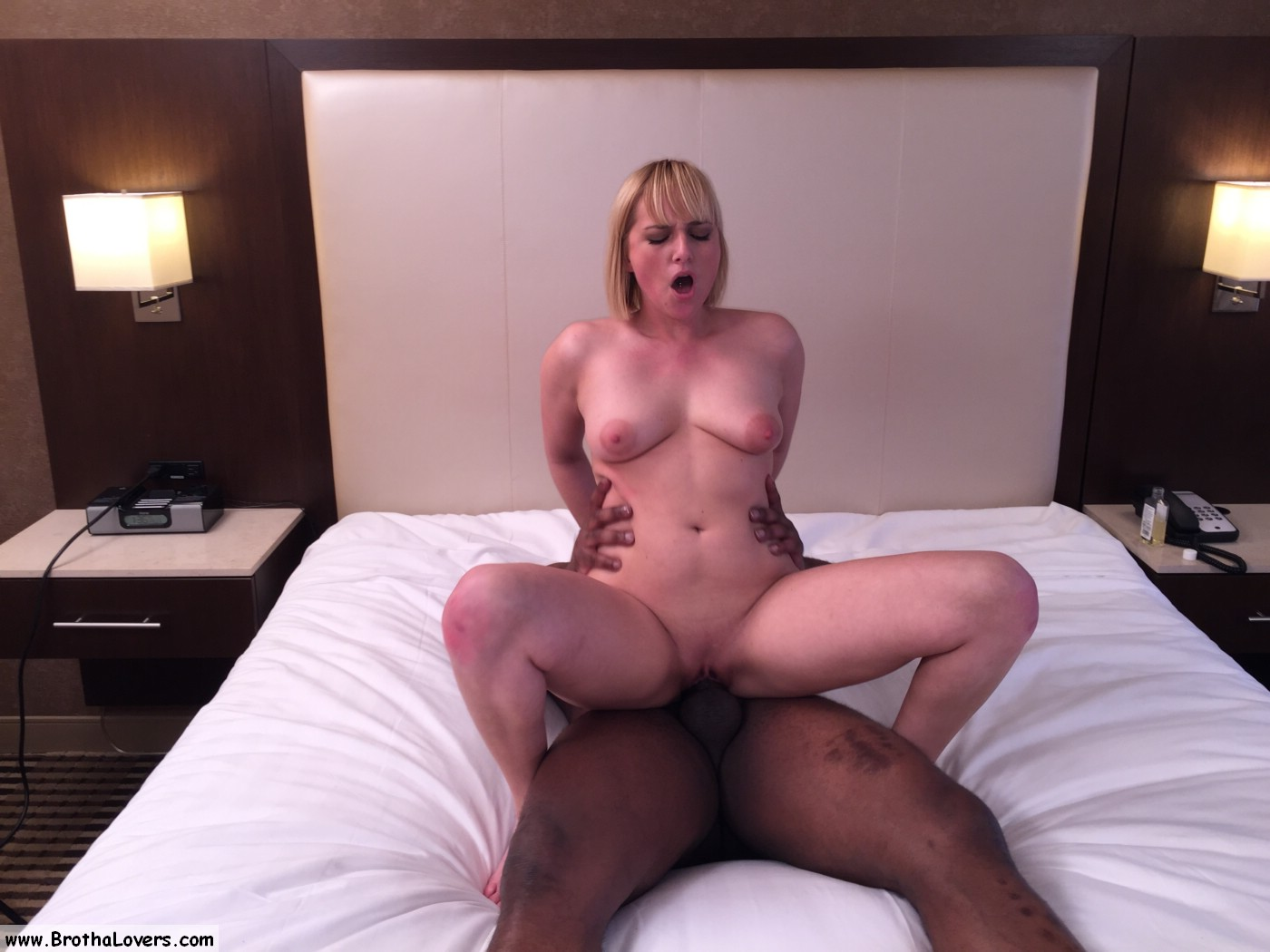 Cuckold wife fucks bbc she met online - 1 part 4
